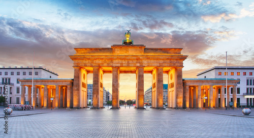 Photo  Berlin - Brandenburg Gate at night