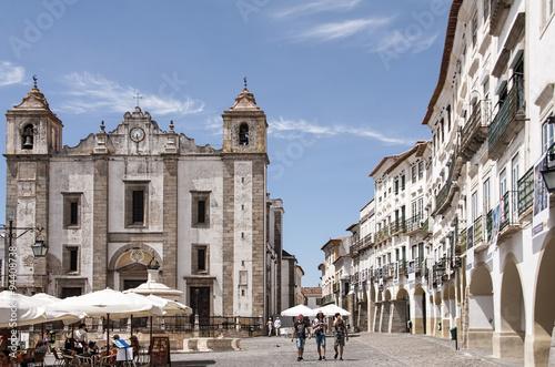 Fotografie, Obraz  Paseo por las calles de la antigua ciudad portuguesa de évora