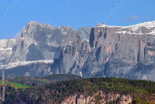 Fotografie, Obraz  Zachodnie zbocza Dolomitów widziane z dużej odległości