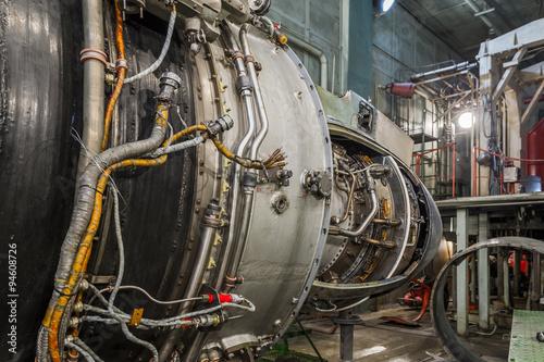 Fototapety, obrazy: Turboshaft engine in aviation hangar
