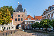 Koornmarkt Square And Gate In ...
