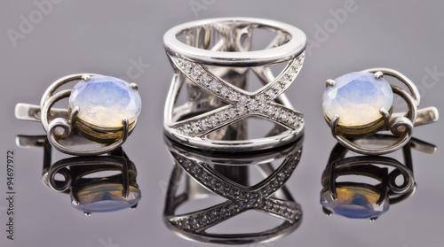 Valokuva  A set of fine silver jewelry