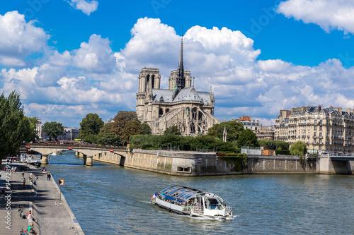 Carta da parati Seine and Notre Dame de Paris