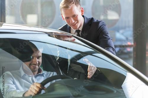Fotografie, Obraz  Car dealer with client