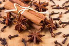 Star Anise, Cinnamon Sticks An...