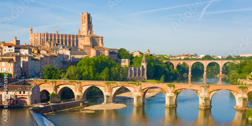 Photo Albi in a summer evening