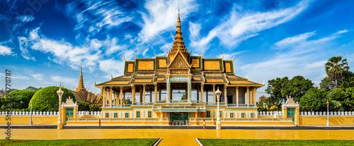 Phnom Penh Royal Palace complex Fototapete
