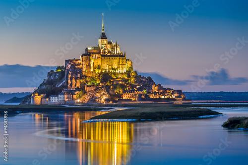 Photo  Mont Saint-Michel in twilight at dusk, Normandy, France