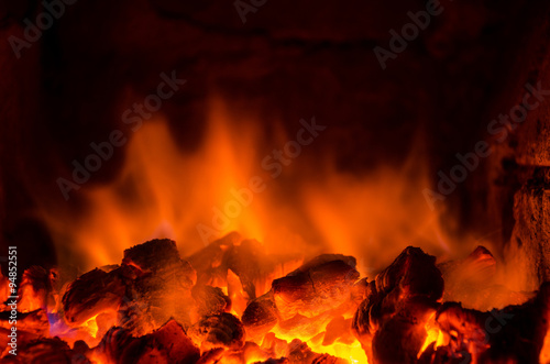 Photo Stands Fire / Flame Hot coals in the fire