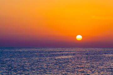 Fototapeta Wieloczęściowe sunrise in the sea. beauty landscape. Wonderful sunrise