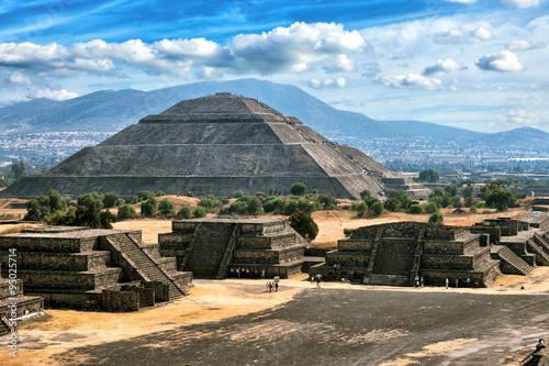 Teotihuacan Pyramids #95025714