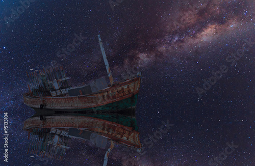 Photo Stands Shipwreck The wrecked ship under starry night with clearly milky way