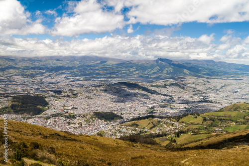 Spoed Foto op Canvas Zuid-Amerika land Quito, capital of Ecuador, as viewed from lookout Cruz Loma.