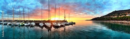 Foto auf Leinwand Sydney Magic Sunset at the Harbor