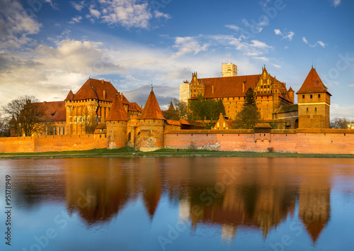 Papiers peints Chateau Teutonic Castle in Malbork (Marienburg) in Pomerania (Poland)