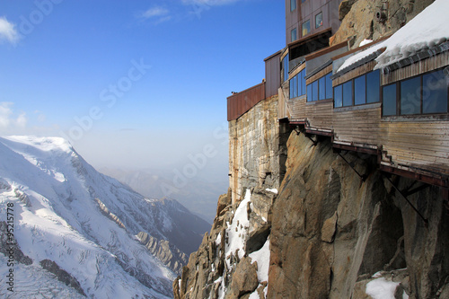 Photo Gangway up on Aiguille du Midi mountain in Chamonix, France