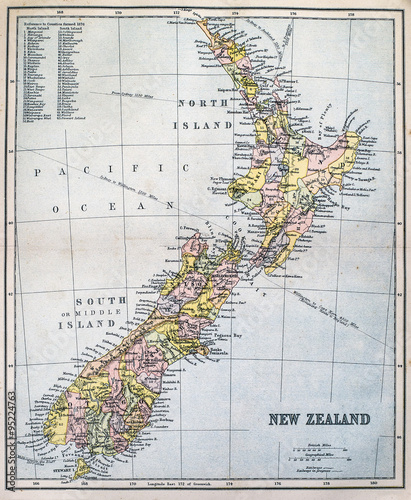 Fotomural Victorian-era map of New Zealand