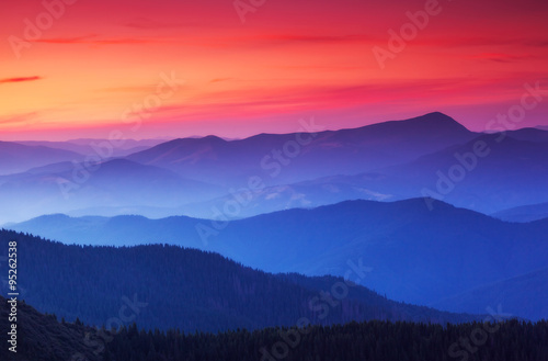 Foto auf Leinwand Gebirge beautiful mountains landscape