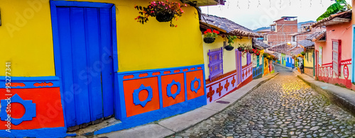 Cadres-photo bureau Taupe Beautiful and colorful streets in Guatape, known as town of Zocalos. Colombia
