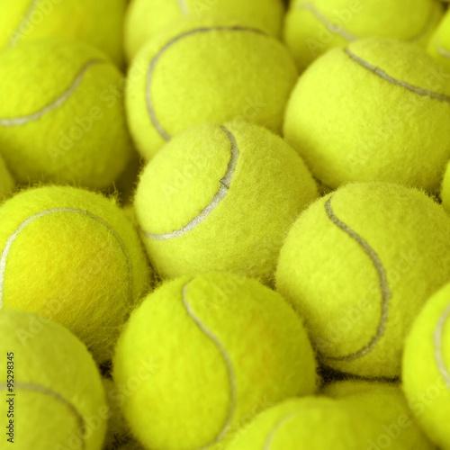 Balle de tennis comme sportif Poster