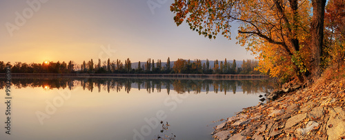Foto op Canvas Herfst Lake at autumn with tree, Jursky Sur