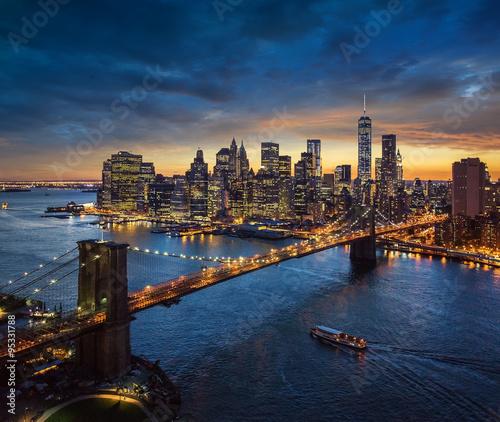Photo  Brooklyn Bridge and Manhattan