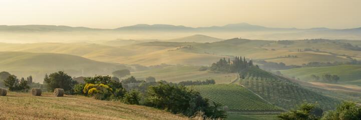 Fototapeta samoprzylepna summer landscape of Tuscany, Italy.