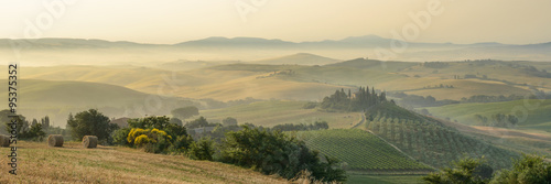 Printed kitchen splashbacks Beige summer landscape of Tuscany, Italy.