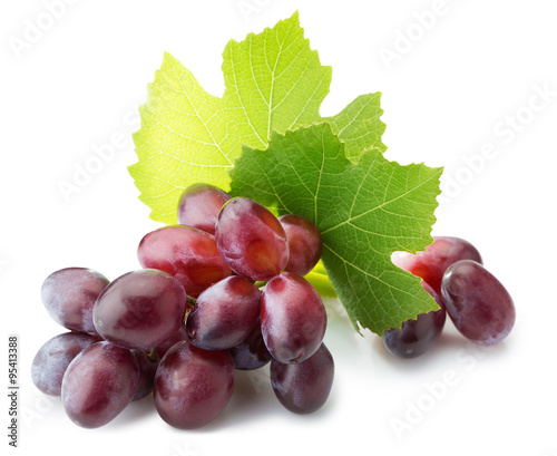 Foto  pink grapes isolated on the white background