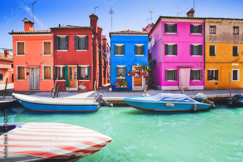 Colourful facade on Burano, province of Venice Fototapeta