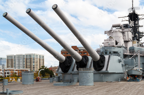 Stampa su Tela Battleship Wisconsin (BB-64) in Nofolk Harbor, Virginia