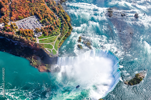 Photo  Niagara Falls aerial view Canada