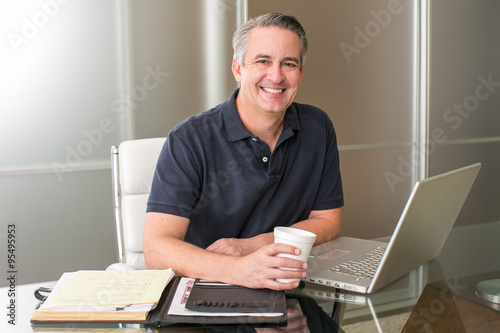 Fotografia  Casual mature businessman