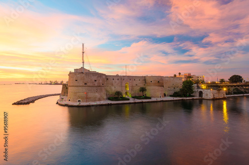 Foto  Taranto Castello Aragonese