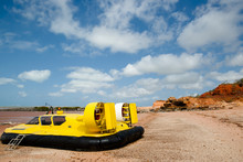 Hovercraft - Broome - Australia