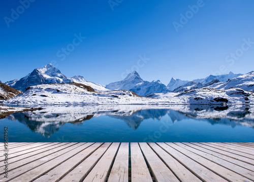 Foto auf AluDibond Reflexion first mountain grindelwald switzerland