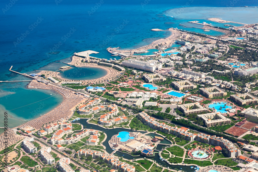 Fototapeta The Red Sea coast with sandy beaches and resorts areas, Hurghada, Egypt