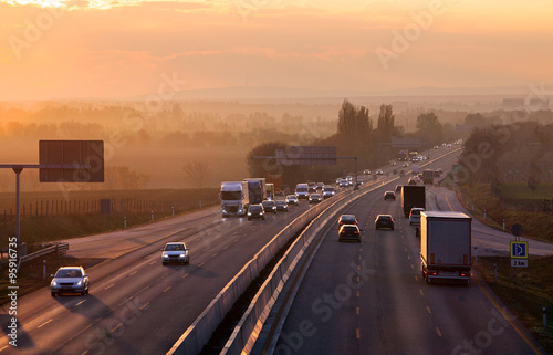 Fotografia Highway transportation with cars and Truck