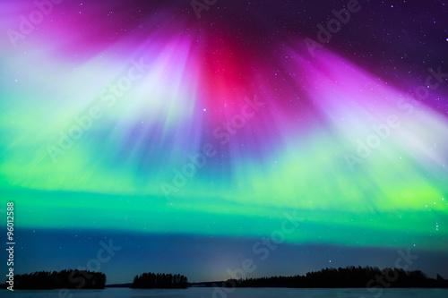 Photo  Northern lights (Aurora borealis) in the sky