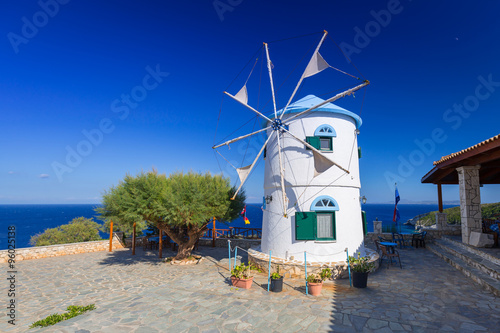 Poster Molens Old windmill on Zakynthos island, Greece