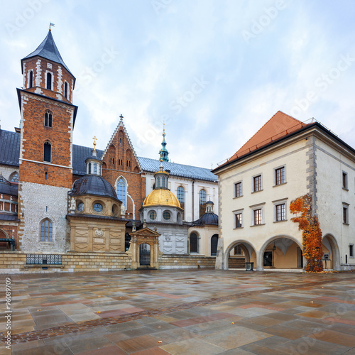 Krakow Wawel Royal Castle - 96089709