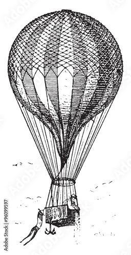 duzy-wygrawerowany-balon-z-koszem-na-bialym-tle