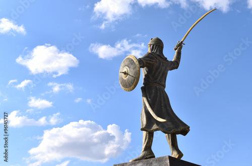 Fotografija  bağdat fatihi genç osman heykeli