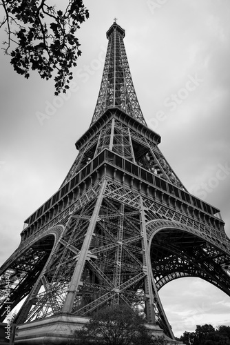 Fotografie, Obraz  Eiffel Tower in Black and white