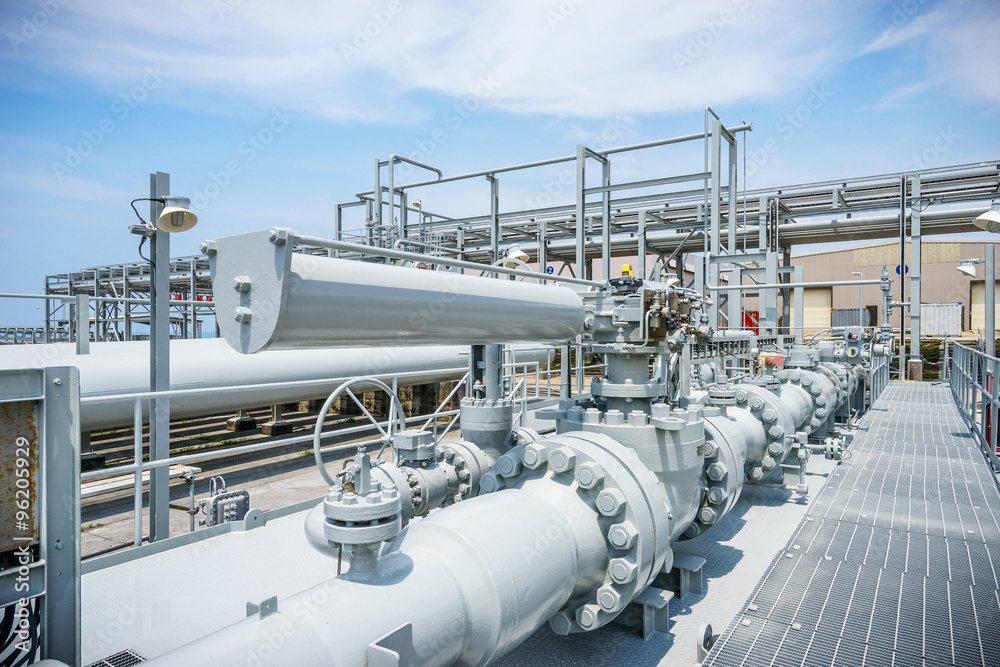 Fototapety, obrazy: equipment and pipeline in oil refinery