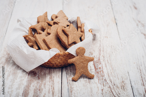 Fotobehang Koekjes Christmas ginger cookies on wooden background