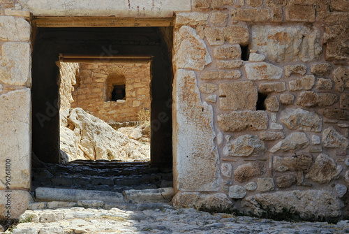 Valokuva  The entrance to the inner courtyard of the old fortress of the ancient city of Corinth