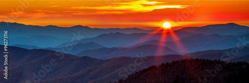 Fototapeta  Smoky mountain sunset