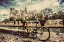 Retro Bike Next To Notre Dame ...