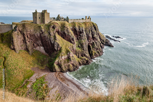 Photo Dunottar Castle in Scotland.